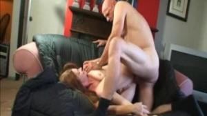 A Misty no le importa su edad a la hora de masturbarse en pornotube