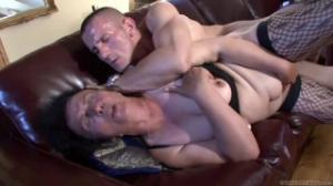 Con una abuela de spankbang el placer sexual está asegurado