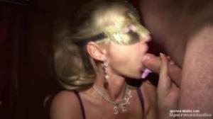 Un gangbang con bukake y creampie en una orgía con maduras