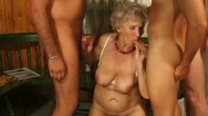 Les sobran las ganas de follar en porno mex a estas viejas tan guarras