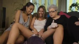 Betty Dodson en porno free le da consejos sexuales a las jóvenes
