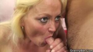No todos tienen la suerte de follar en uflash con la suegra