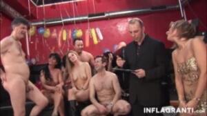 Estas Milf serán pilladas en un concurso sexual de porno casero