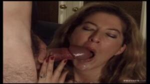 Esta escena sexual ocurre en los años 90 con porno casero